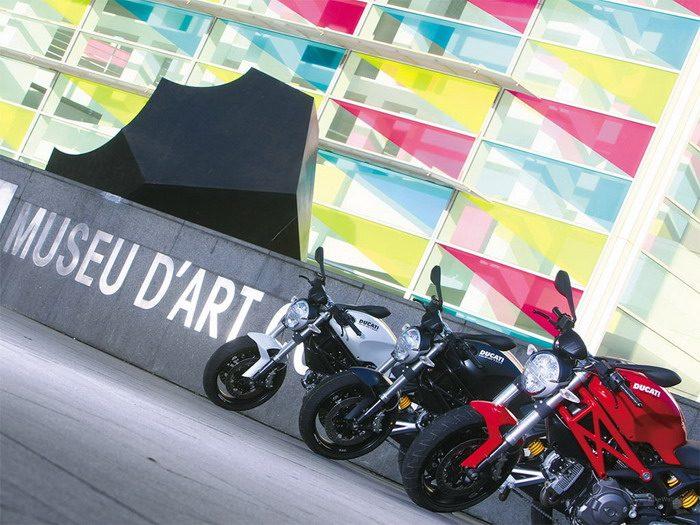 Ducati 696 MONSTER 2008 - 49