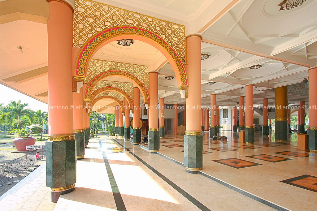 Masjid Kampus UGM (College Mosque of Gadjah Mada University)
