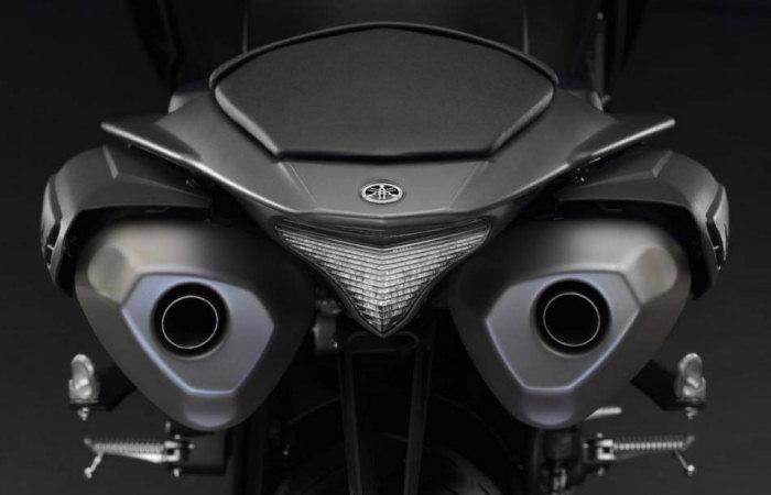 Yamaha YZF-R1 1000 2012 - 5
