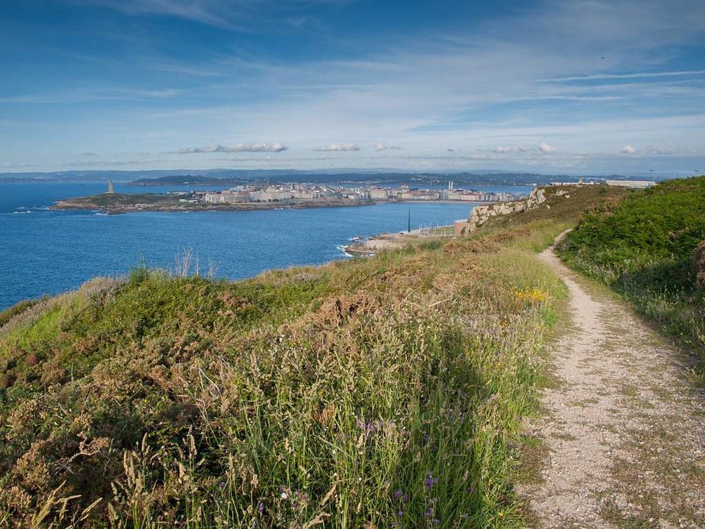 Caminos con vistas. #Sanpedro #park #torredehercules #photography #Coruña #Olympus