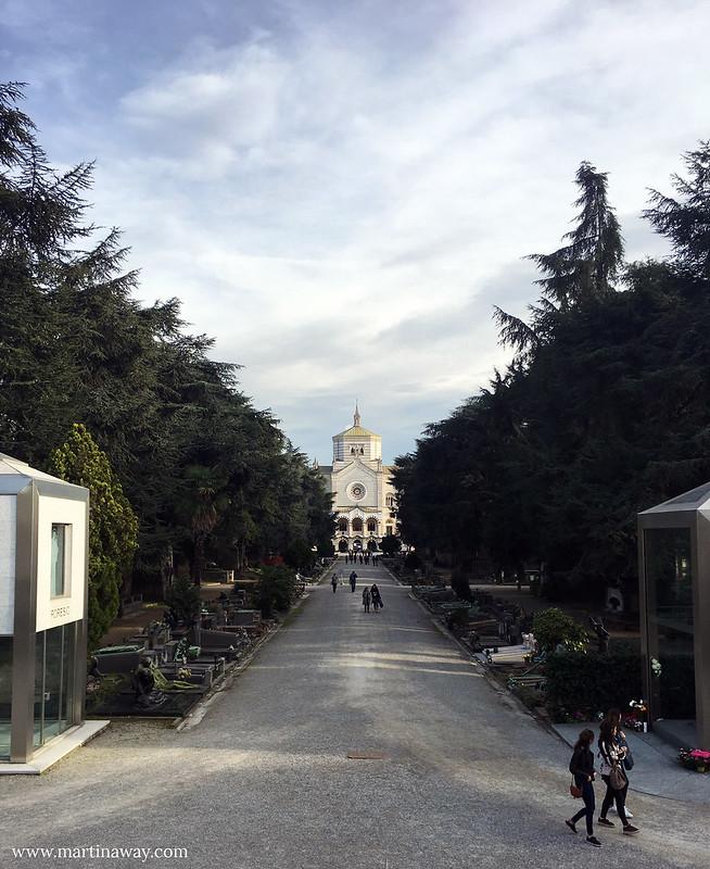 Giardino del Cimitero Monumentale di Milano e Famedio