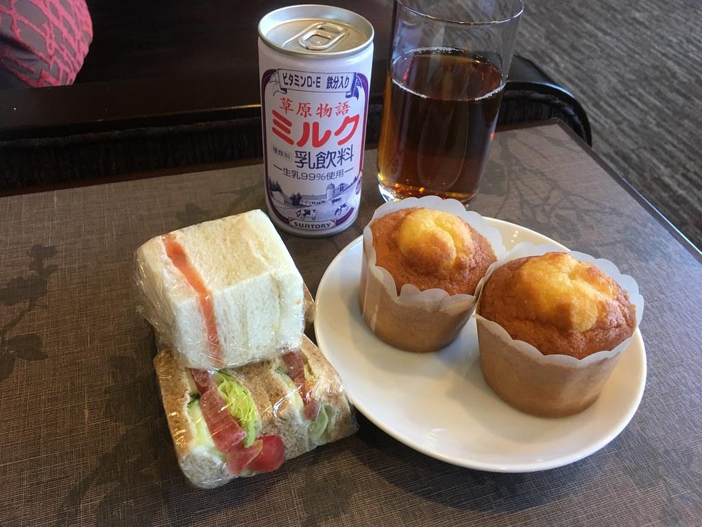 成田空港さくらラウンジ