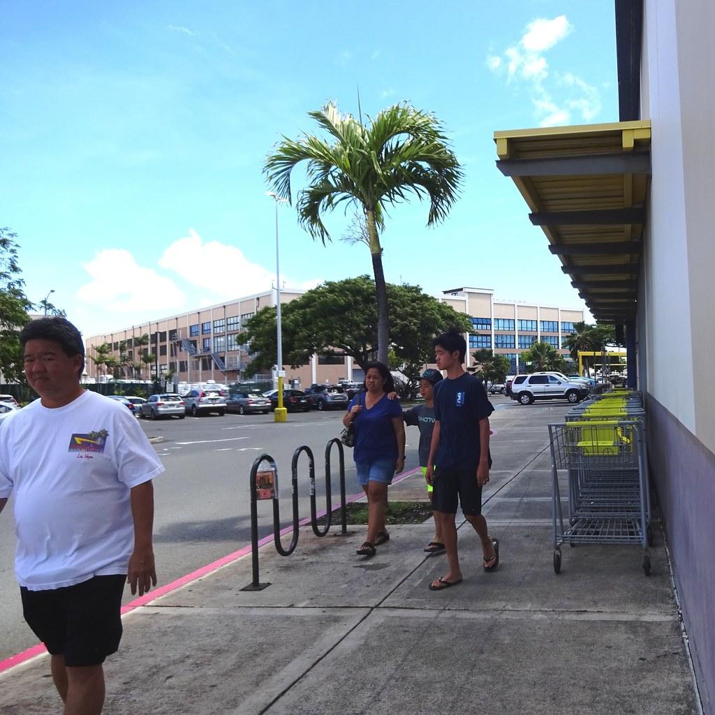 Berth number 40c hawaii tripcarta for Inter island hotel furniture