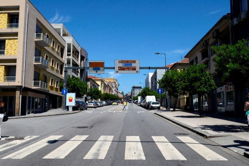 Guimaraes_Avenida_Conde_Margaride