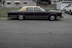 Lincoln Town Car - PuyallupWA