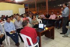 Alcaldía de Chone y CNEL socializaron proyecto de construcción de agencia en la ciudadela González