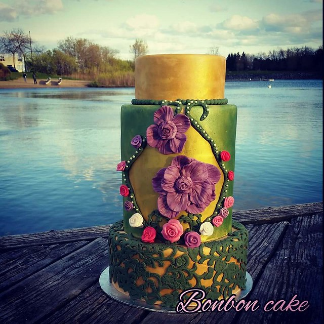 Cake by Bonbon MK of Bonbon Cake