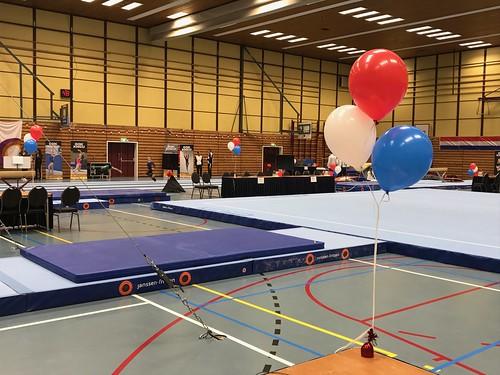 Tafeldecoratie 3ballonnen Landelijke Halve Finale Turnen Dames Sporthal de Enk Rotterdam