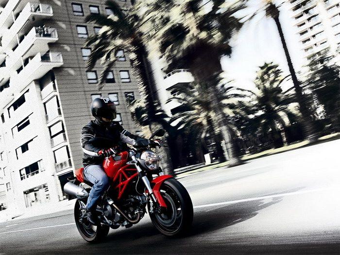 Ducati 696 MONSTER 2008 - 21