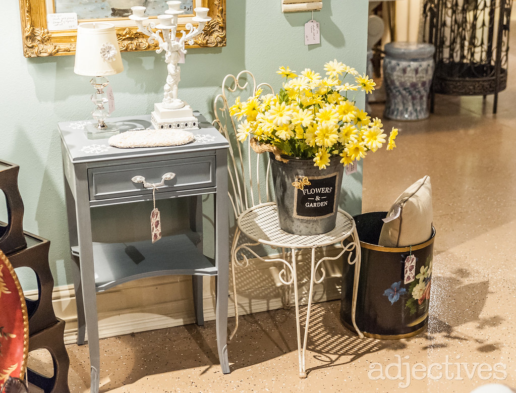 Vintage side table and metal chair in Winter Park by Deco Posh