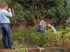 Frank, Linda & Marvin in ?lyas's garden, F?st?kl?, Turkey