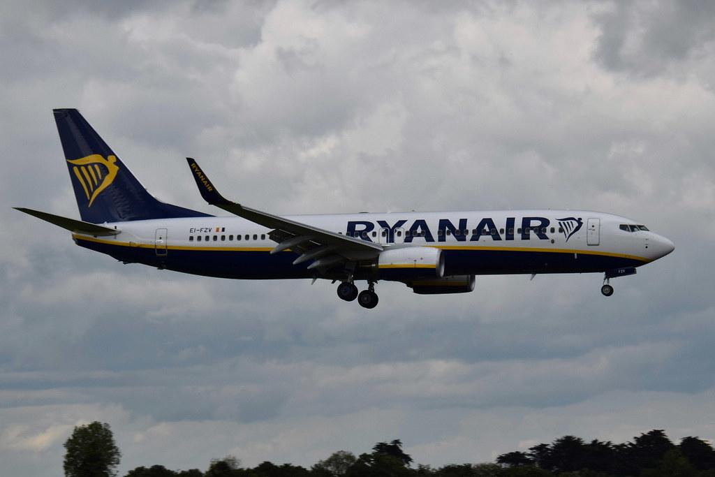 EI-FZV - B738 - Ryanair
