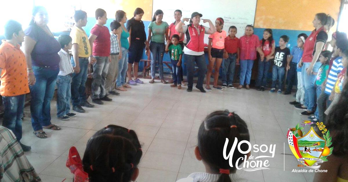 Instituciones capacitan y rinden homenaje a los niños en Boyacá