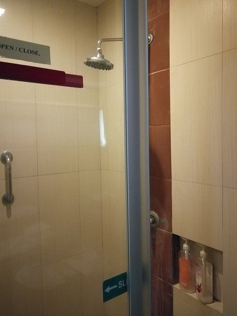 <p>シャワーブース</p>