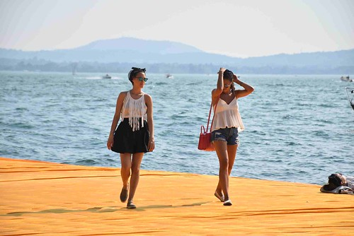 ISEO FLOATING PIER