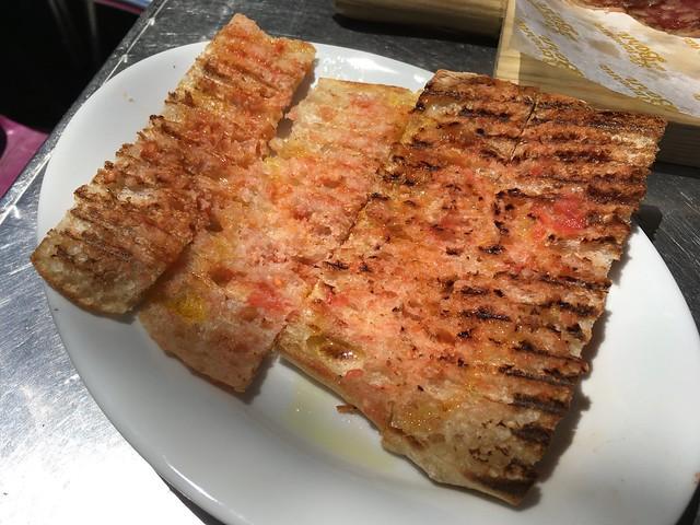 Pan con tomate - La Taverna del Born