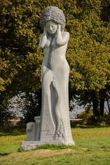 Statue de la vallée des saints par Inès Ferreira en 2013