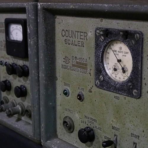 昔の放射線測定装置。