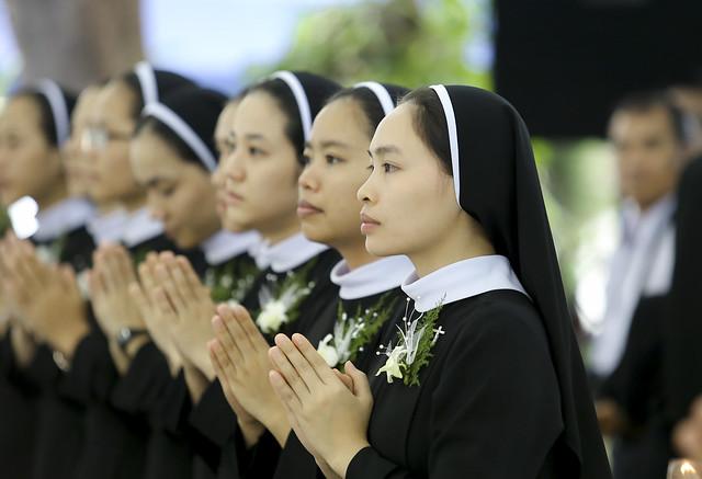 Hội dòng Mến Thánh Giá Phan Thiết vui đón mùa hồng ân thánh hiến