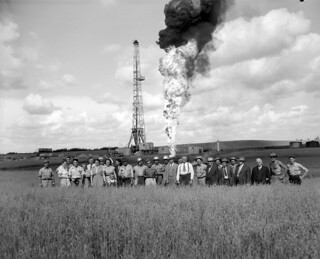 Continental no. 9 oil well at Woodbend, Alberta
