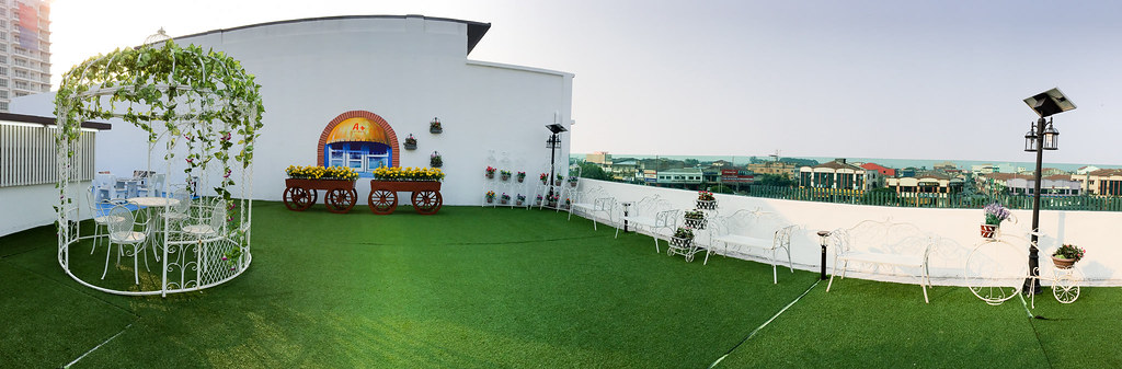 Panorama view of roof top garden at A+ Boutique Hotel Sekinchan.