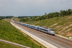 13 juin 2017 TGV A 363 Train 804516 Bordeaux -> St-Pierre-des-Corps Montguyon (17) - Photo of Clérac