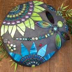 #gardenart #stoneart #rockart #dragonfly #ladybug #sunflower #glassbeads #mosaic #sorticulture #everett