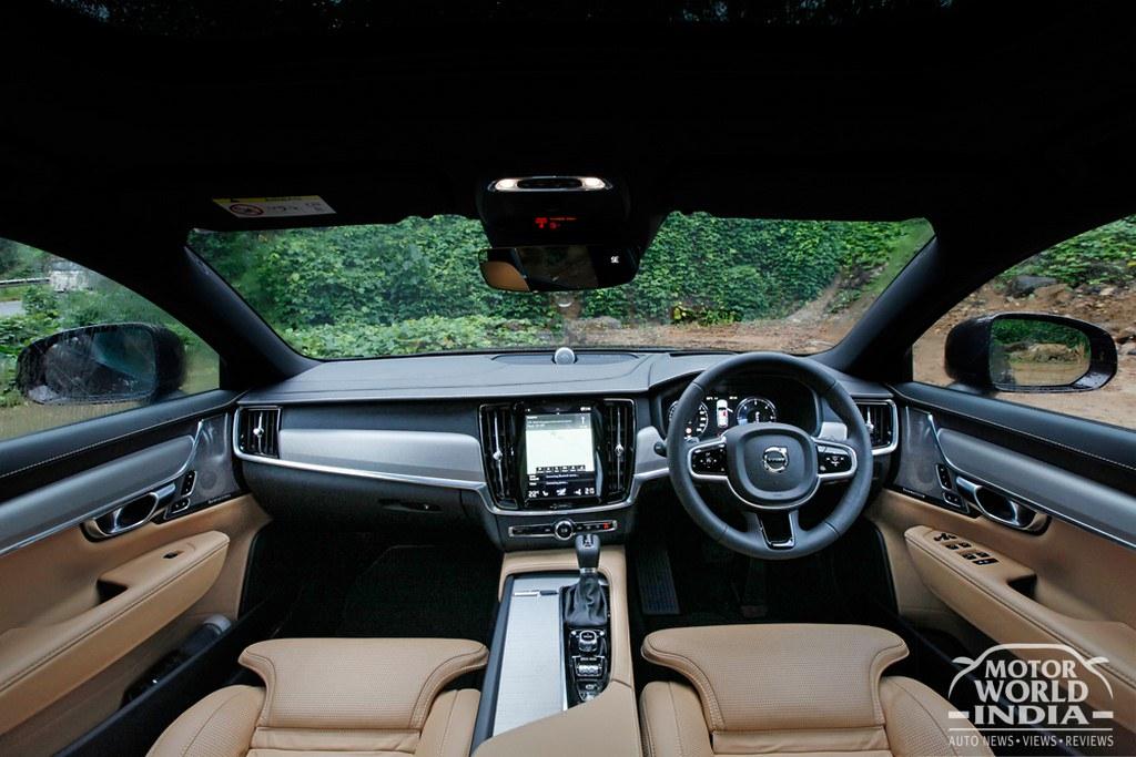 Volvo-V90-Cross-Country-Interiors
