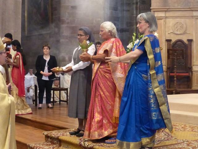 2017 06 25 Ordination presbyérale Manoj Visuvasam, cathédrale de Rodez (79)