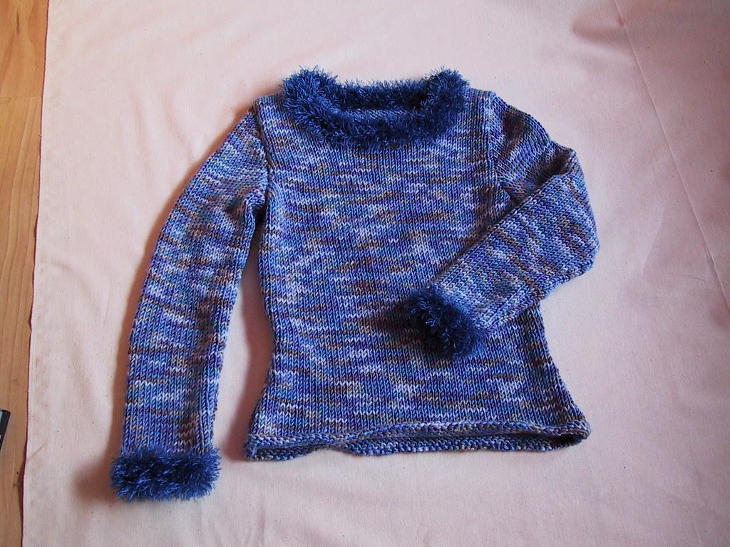 Pullover mit Puschelkragen