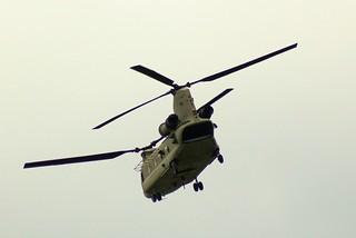 US Army, 13-08437,Boeing CH-47F Chinook, 04.07.2017, HAM-EDDH, Hamburg