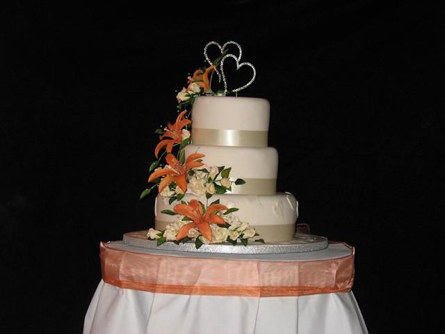 Cake by Sheryle Toms of Mirador cake designs