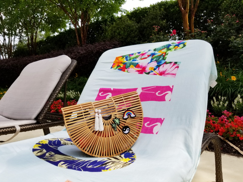 pool-chair-aloha-scarf-gaia-wood-bag-patches-7