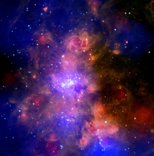 Chandra Peers into a Nurturing Cloud