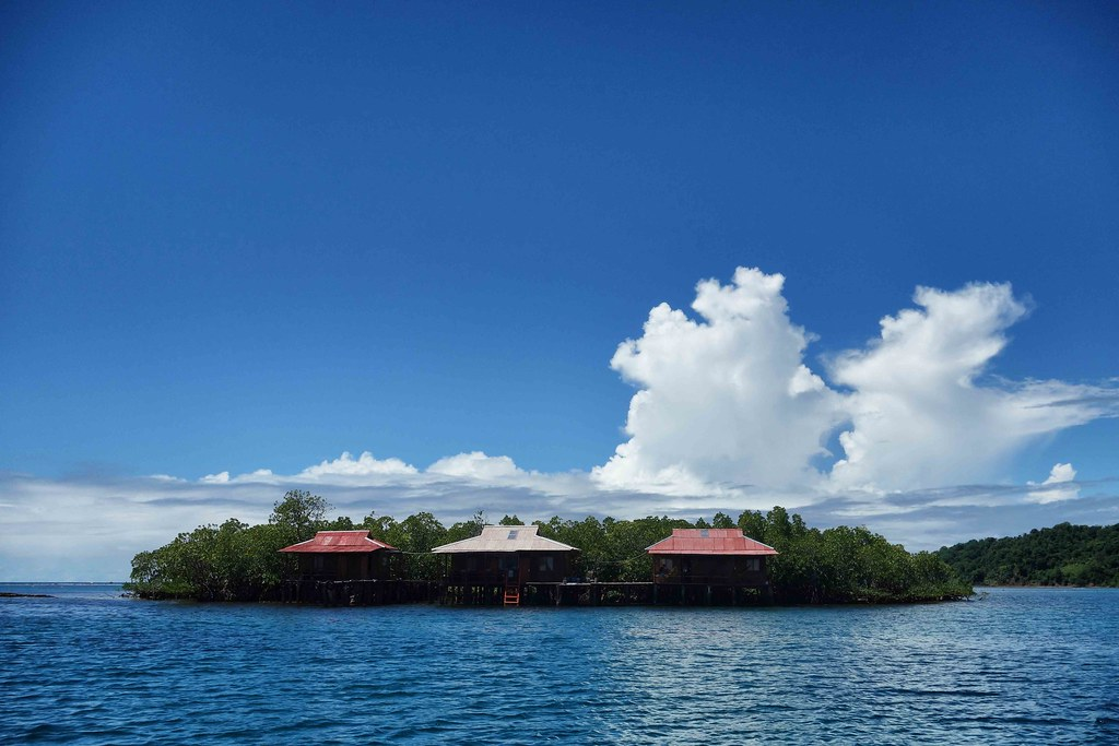 Tumbak Island Cottages