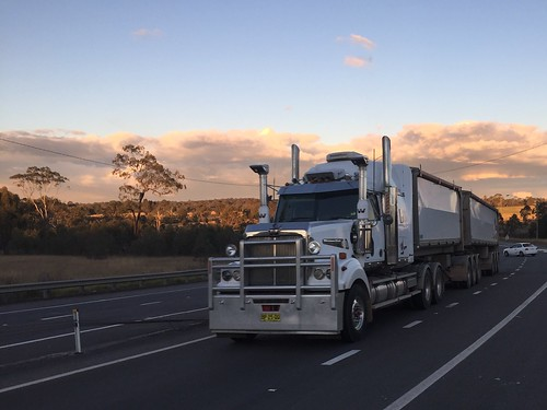 WESTERN STAR, New England & Golden Highways intersection at Belford, NSW. Truck lovers paradise.