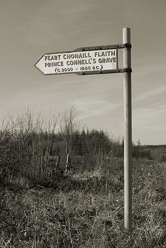 Prince Connell's Grave - sign
