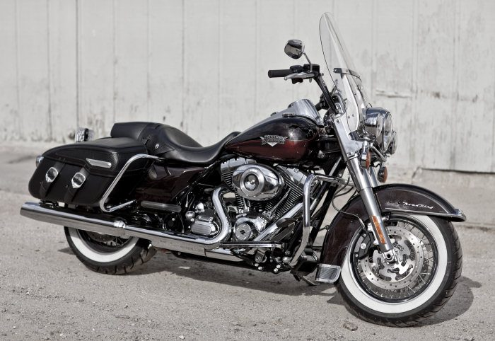 Harley-Davidson 1584 ROAD KING CLASSIC FLHRCI 2007 - 15