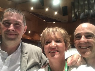 Martina Anderson with Arnaldo Otegi and Josu Jurasti at the EH Bildu conference.