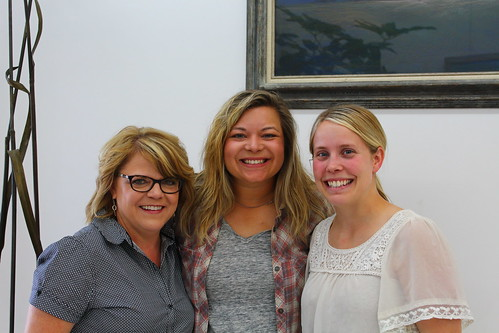 From left to right; Holly (editor of HPJ), Steph and Kylie (behind the scenes of AAWH).