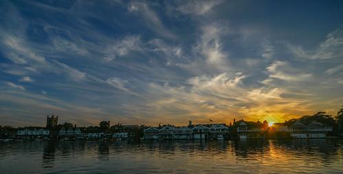henley thames river water sonyalpha sightseeing sigma 1224mm clouds sunset englanduk europa england house bank spring