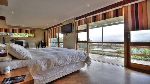 paarl southafrica luxury listing home house forsale properties property property24 decor design lifestyle living interiordesign interiordecor bathroom kitchen lounge views pretty pool swimmingpool bedroom bed balcony