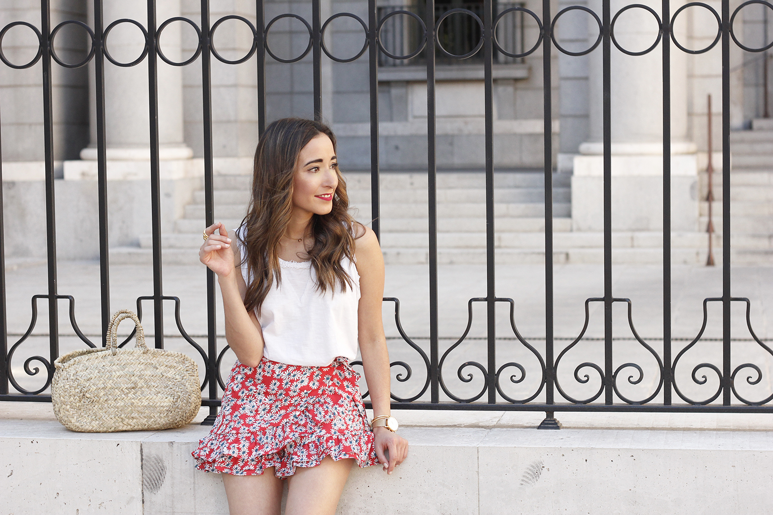 Velvet sandals floral skirt summer outfit style fashion09