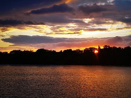 naturaleza naturalezacautivadora sunset sun clouds nubes puestadesol irlanda