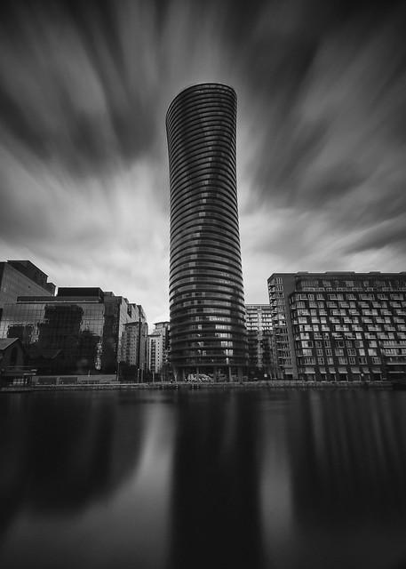 Baltimore Tower, Nikon D90, AF-S DX Nikkor 10-24mm f/3.5-4.5G ED