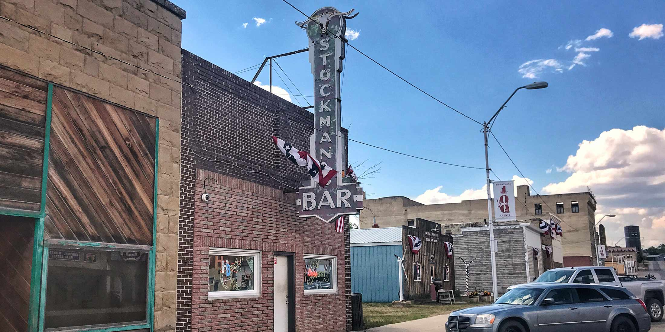 Information about the hours and location of Stockman's Bar located in Harlowton, Montana on highway 12 - Wheatland County.