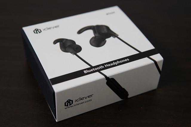 iclever イヤホン bluetooth4.1 スポーツ ワイヤレス ヘッドセット 高音質 超軽量 13g IPX4防水 カナル型 マイク CVC6.0ノイズ低減 iPhone&Android ブラック BTH20