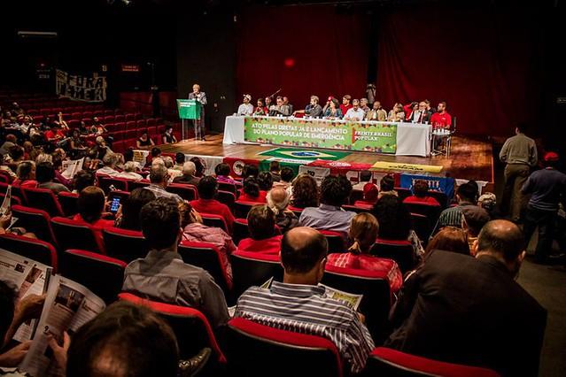 Plano da esquerda contra a crise está unindo forças progressistas, diz ex-ministro