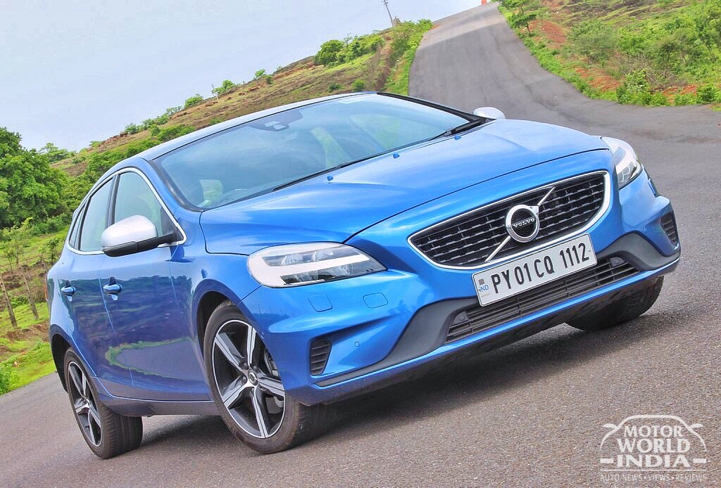 2017-Volvo-V40-R-Design-Exteriors (2)