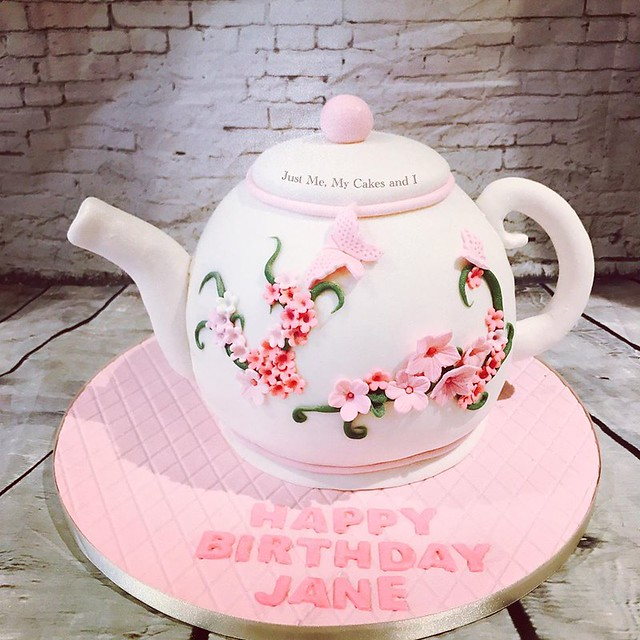 Teapot Cake by Just Me, My Cakes and I